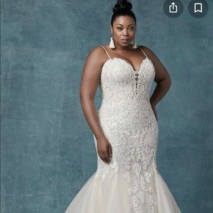 Maggie sottero alistaire lynnette wedding gown